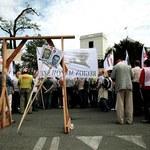 Koniec blokady. Posłowie wyszli z Sejmu