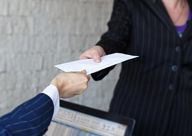 Koniec chwilówek. Rząd chce pozbyć się firm pożyczkowych /©123RF/PICSEL