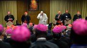 Koniec synodu o rodzinie. Papież: Nasz obowiązek to głoszenie miłosierdzia, nie wydawanie wyroków