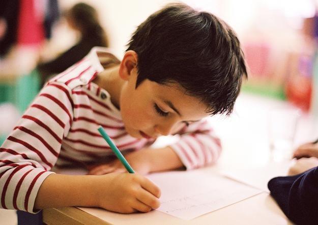 Koniec z ocenami w szkole dla najmłodszych dzieci /© Bauer