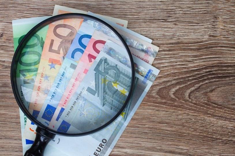 Koniec z podrabianiem pieniędzy? /123RF/PICSEL