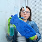 Koniec z wiecznie brudną kabiną prysznicową