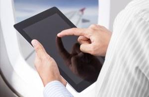 Koniec z wyłączaniem urządzeń elektronicznych na pokładach samolotów europejskich linii lotniczych
