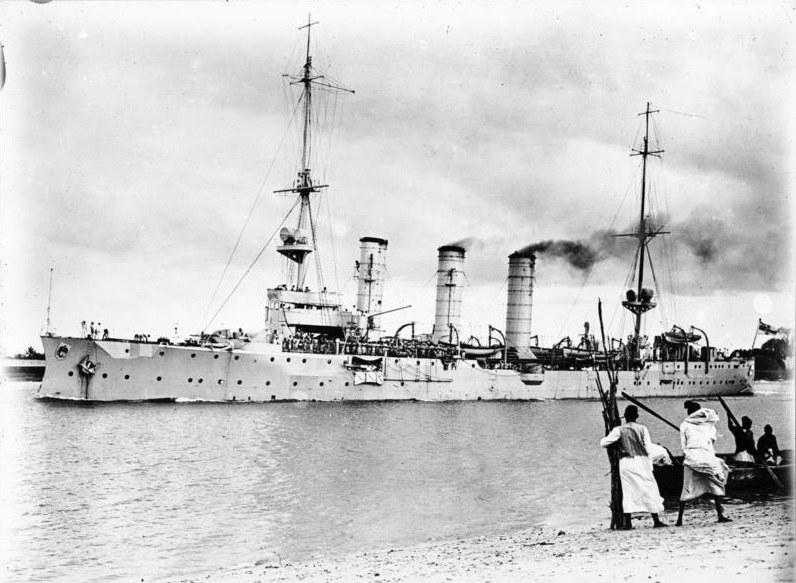"""""""Königsberg"""" na wodach Rufidżi w 1915 roku /Bundesarchiv /INTERIA.PL/materiały prasowe"""