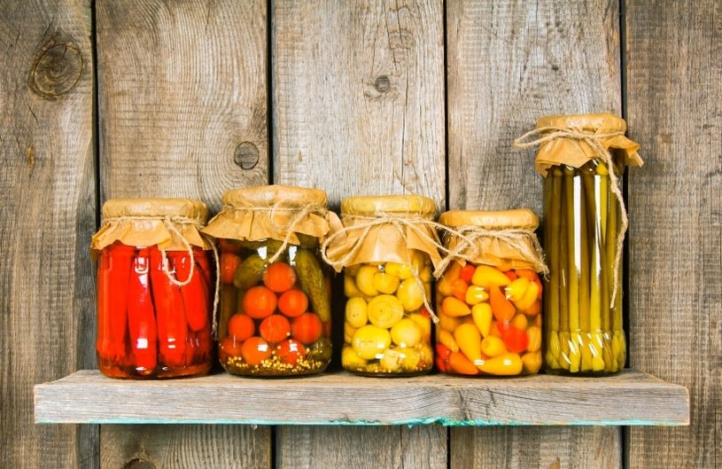 konserwowanie żywności /© Photogenica