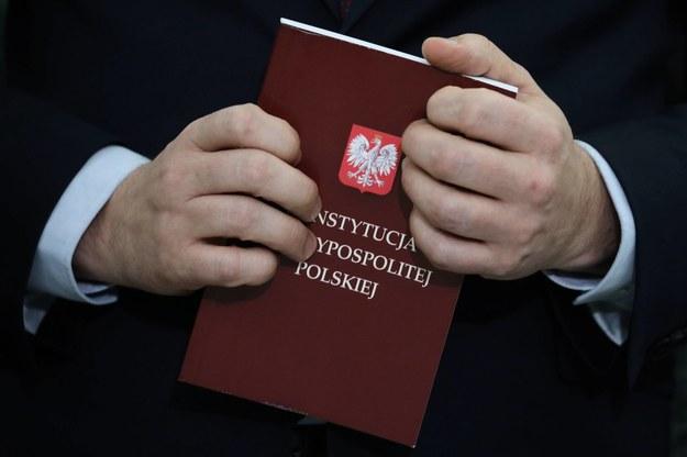 Konstytucja Rzeczypospolitej Polskiej / Tomasz Gzell    /PAP