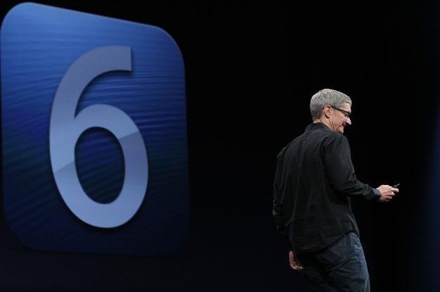 Konsumenci niezadowoleni z iOS 6, a szef Apple przeprasza za problemy z mapami /AFP