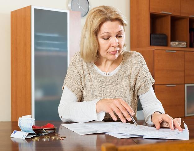 Konsumenci stają się coraz bardziej świadomymi i wymagającymi klientami /©123RF/PICSEL
