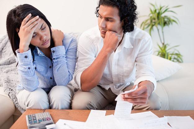 Konsumentom przysługuje prawo odstąpienia od większości umów pożyczek lub kredytów /©123RF/PICSEL