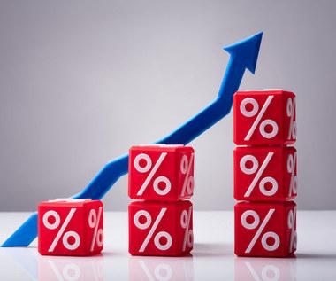 Konsumpcyjny szał utrwala inflację