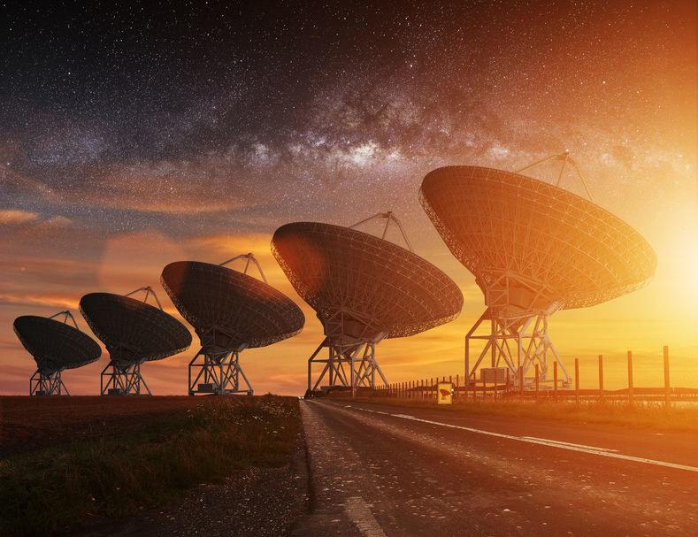 Kontakt z cywilizacjami pozaziemskimi jest tylko kwestią czasu /123RF/PICSEL