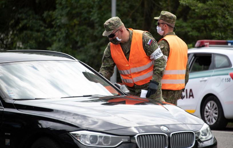 Kontrola graniczna na Słowacji /JOE KLAMAR / AFP /East News