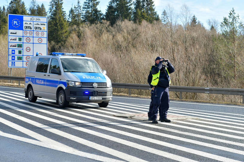 Kontrola na granicy polsko-słowackiej /Maciek Jonek /Reporter