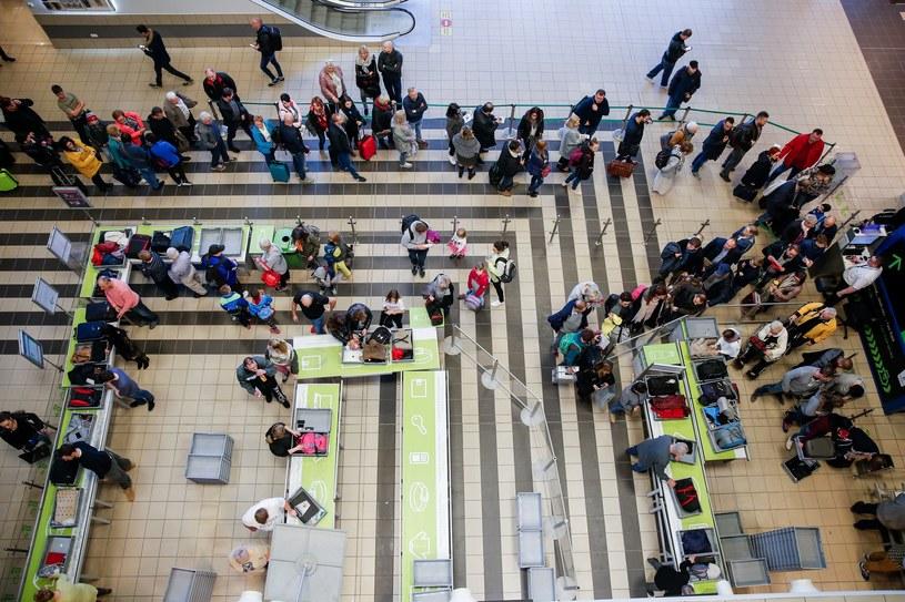 Kontrola na lotnisku, zdj. ilustracyjne /Tomasz Kawka /East News