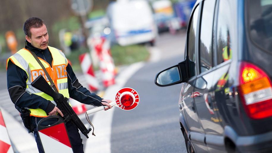 Kontrola w pobliżu niemiecko-belgijskiej granicy /PAP/EPA/MARIUS BECKER /PAP/EPA