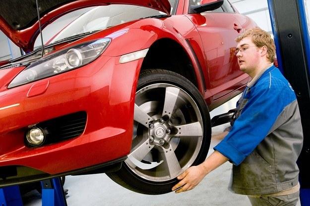 Kontroli podlega wiele elementów samochodu /
