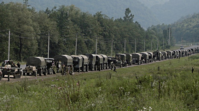 Konwój był eskortowany przez wojsko /AFP