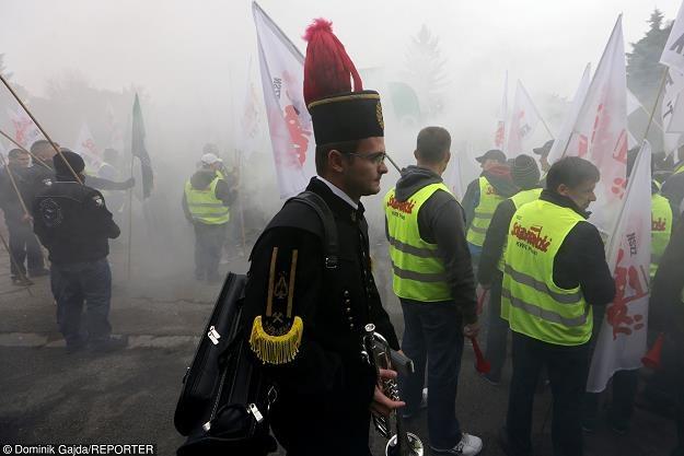 Kopalnia Pokój (należy do KW) w Rudzie Śląskiej, protest górników. Fot. Dominik Gajda /Reporter