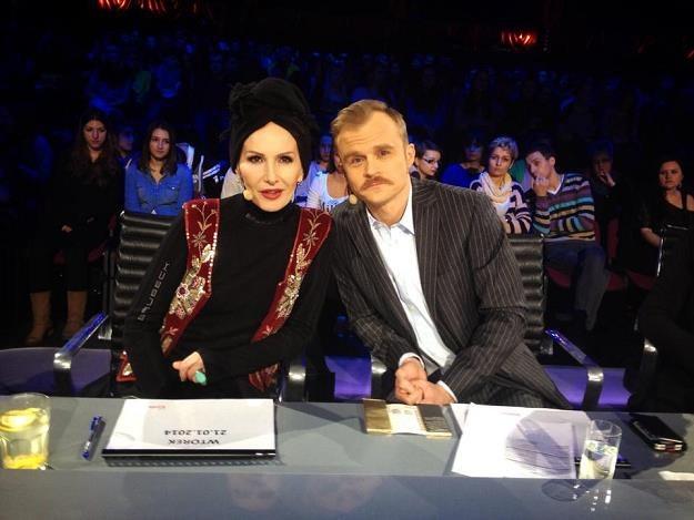 "Kora i Piotr Rogucki na planie ""Must Be The Music"" fot. Facebook /"