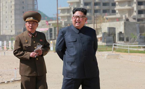 """Korea Północna rozwija reaktor nuklearny """"w szybkim tempie"""""""