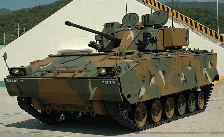 Koreański K-21 okazał się nieudaną konstrukcją /Wikimedia Commons /INTERIA.PL/materiały prasowe