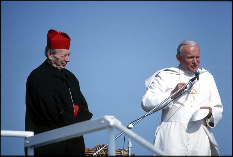 """Korespondencja kardynała Wyszyńskiego i Jana Pawła II została opublikowana w książce """"listy na czas przełomu"""" /Getty Images"""
