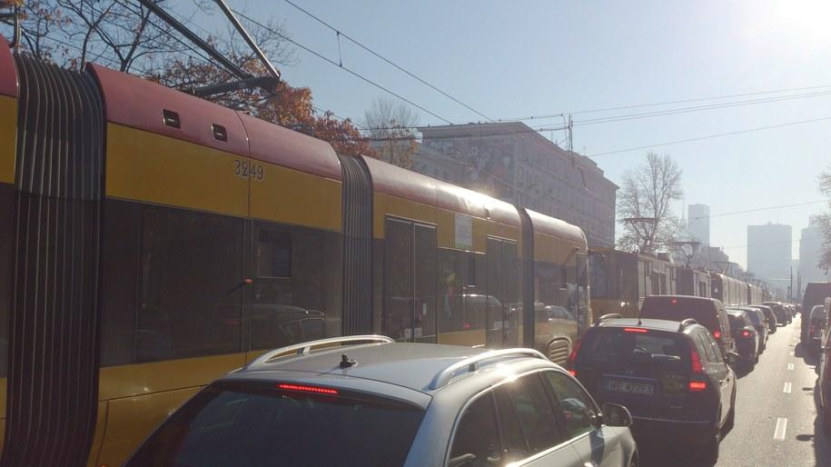 Korki w Warszawie po porannym zderzeniu dwóch tramwajów /Kamil Młodawski /RMF FM