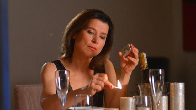 Kornelia wzywa do siebie Bartka. Na miejscu okazuje się, że szefowej wcale nie chodziło o masaż... Jak zareaguje Koszyk? /www.barwyszczescia.tvp.pl/