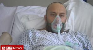 Koronasceptyk Marcus Birks zachorował na COVID-19. Zmarł w szpitalu