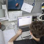 Koronawirus: 180 mln zł na laptopy dla szkół w Polsce