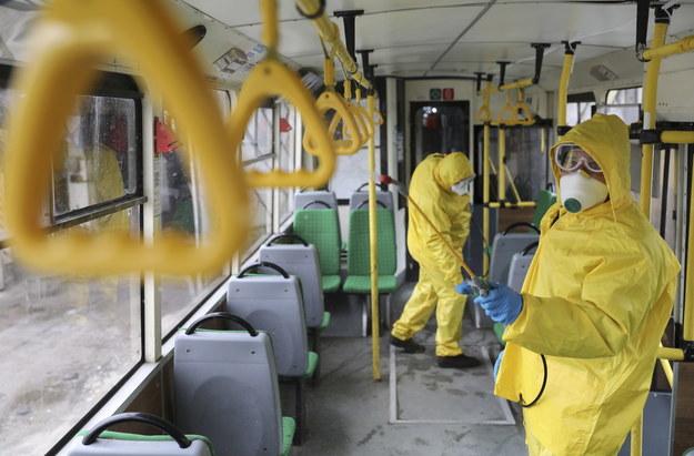Koronawirus atakuje: Ponad 90 tys. zarażonych, ponad 3 tys. ofiar śmiertelnych [RELACJA 3 marca]