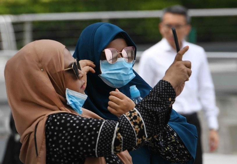 Koronawirus jest również w Singapurze, skąd wrócił zarażony Brytyjczyk /AFP