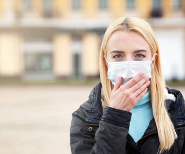 Koronawirus: Polacy boją się kryzysu, liczą na siebie
