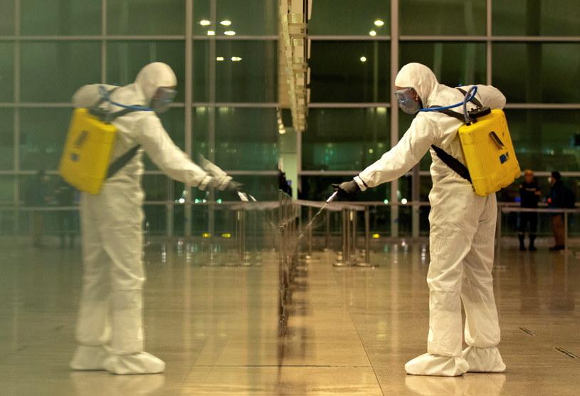 Koronawirus w Hiszpanii /ENRIC FONTCUBERTA /PAP/EPA
