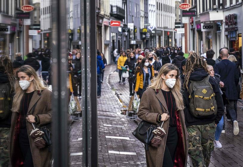 Koronawirus w Holandii /RAMON VAN FLYMEN/AFP /East News