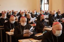 Koronawirus w KEP. 14 biskupów choruje na COVID-19