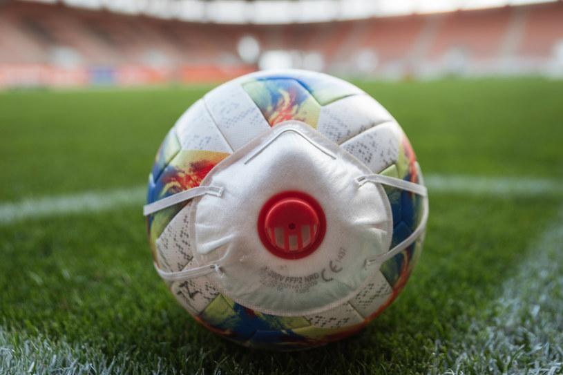 Koronawirus w piłce nożnej /Piotr Dziurman/REPORTER /East News