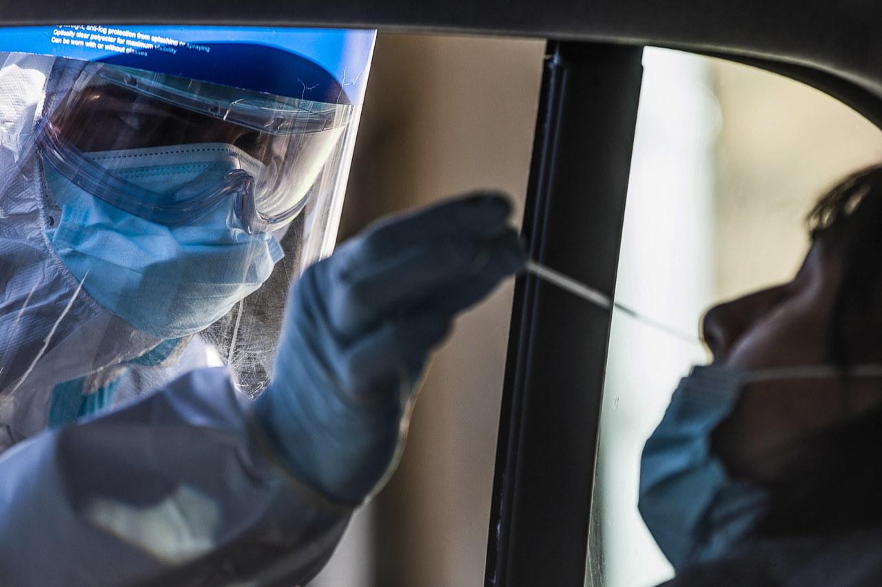 Koronawirus w Polsce. 4835 nowych przypadków zakażeń. Zmarło 291 osób  [NOWE DANE]