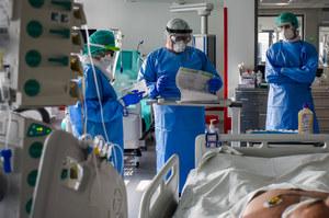 Koronawirus w Polsce. Ekspert komentuje możliwość reinfekcji wirusem SARS-CoV-2