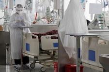 Koronawirus w Polsce. Od maja mniej łóżek covidowych