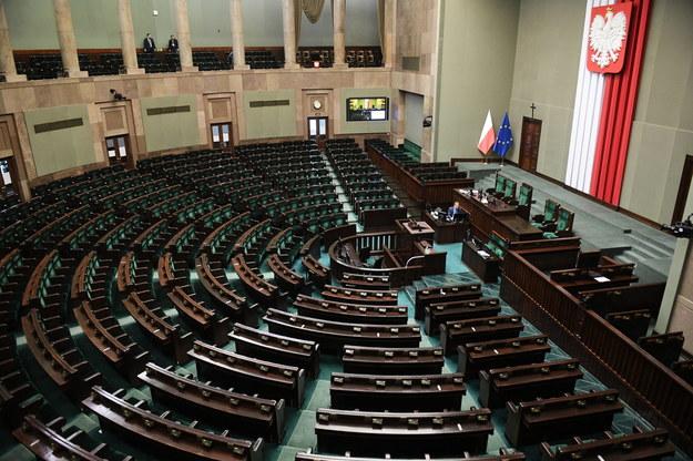 Koronawirus w Polsce. Sala Posiedzeń Sejmu / Radek Pietruszka   /PAP