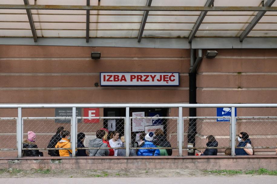 Koronawirus w szpitalu imienia J. Dietla przy ulicy Skarbowej w Krakowie. Zdjęcie ilustracyjne /Jakub Kaczmarczyk /PAP
