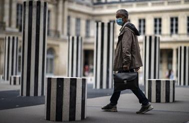 Koronawirus we Francji. Tak źle nie było od maja