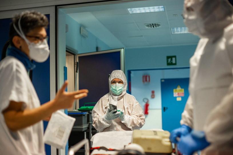Koronawirus we Włoszech /ROLF VENNENBERND /PAP/EPA