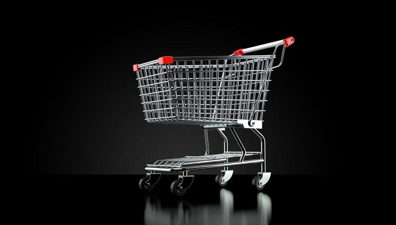 Koronawirusowy koszyk zakupów szybko ewoluuje /123RF/PICSEL