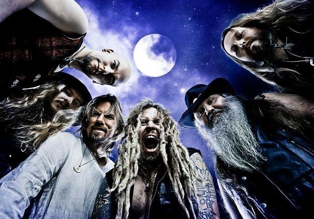 Korpiklaani w równowadze między folkiem a metalem /Oficjalna strona zespołu