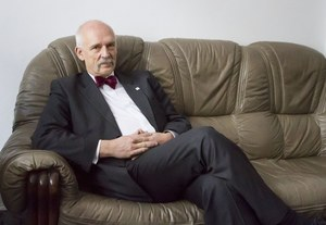 Korwin-Mikke: Nie jest dobrze dać się złapać z opuszczonymi spodniami