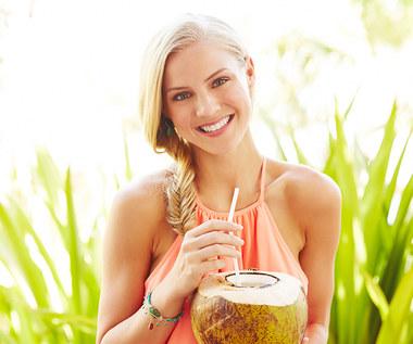 Korzyści płynące z picia wody kokosowej