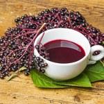 Korzyści zdrowotne wynikające z picia herbaty z czarnego bzu