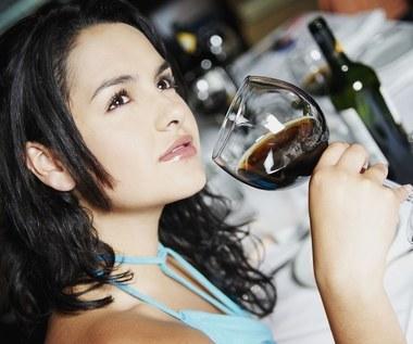 Korzyści zdrowotne wynikające z picia wina